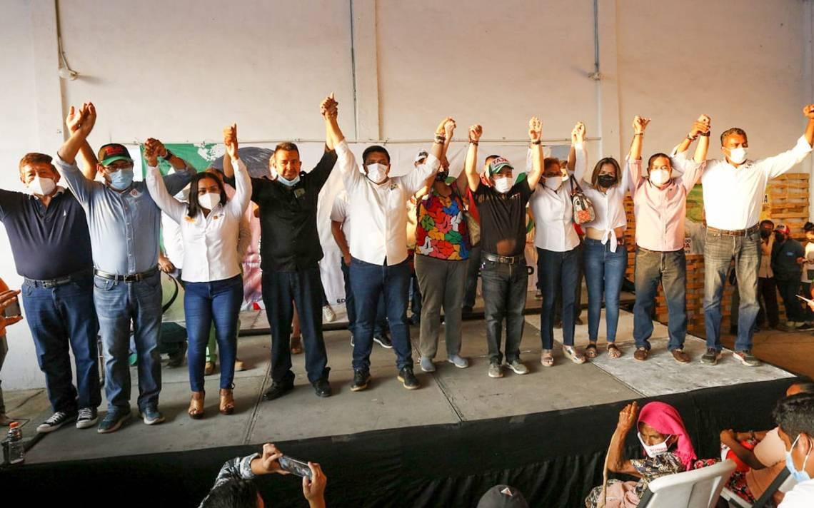 Suma Moreno Arcos más miembros del equipo de Luis Walton - El Sol de  Acapulco | Noticias Locales, Policiacas, sobre México, Guerrero y el Mundo